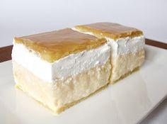 Citromhab: Francia krémes Hungarian Desserts, Hungarian Cake, Hungarian Recipes, Hungarian Food, Desserts To Make, Food To Make, Napoleon Cake, Custard Desserts, Czech Recipes