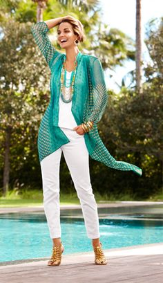 New Bohemian: Fashion over 50 Boho chic reimagined in ethereal fabrics, and finely crafted fringe, lace and crochet. Over 50 Womens Fashion, Fashion Over 50, Love Fashion, Fashion Looks, Mode Outfits, Casual Outfits, Fashion Outfits, Fashion Trends, Girl Outfits