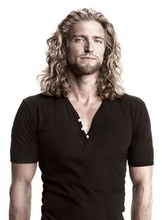 long curly hair for men / long hair men Long Hair Tips, Curls For Long Hair, Big Hair, Long Curly Hair Men, Mens Medium Length Hairstyles, Curled Hairstyles, Trendy Hairstyles, Mens Hairstyles Long Curly, Hair And Beard Styles