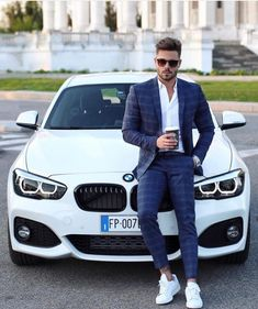 12 Perfect Men's Street Style To Try Now - Fashion Idea Mens Fashion Suits, Mens Suits, Men's Fashion, Street Fashion, Fashion Styles, Fashion Photo, Fashion Ideas, Fashion Trends, Fashion Outfits