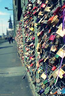 Ein Schloss für die Liebe Green Materials, Cologne, Street Art, Paris, Blog, Glee, Gifts, Montmartre Paris, Paris France