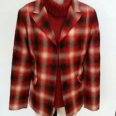 Pendleton Blazer Fully lined Pendleton blazer. 100% virgin wool. Red,black and cream color plaid. Beautiful quailty. Excellent condition. Size 12 runs large. Pendleton Jackets & Coats Blazers
