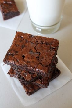 Brownie Recipe; Eggless Chocolate Brownie... with Applesauce!