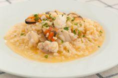 Una opción de lujo para el menú de hoy. Arroz caldoso de mejillones y rape http://www.recetasderechupete.com/receta-arroz-caldoso-mejillones-rape/16333/ #Arroz #Galicia #ArrozMarinero