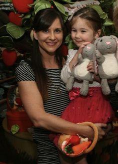 Kellie Martin Launches Online Store, Talks Motherhood & Baby No. 2