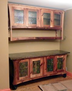 Eingenanfertigung, Schrank aus Zedernholz. Zeder ist ein rötliches schönes Holz und wird viel zu selten verwendet...   Custom furniture with all the style you need