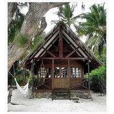 @Regrann from @grace_bijoux -  Island wanderlusting ✨ #Regrann << °·.·°…