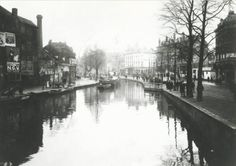 De Coolsingel bij het Doelencomplex op 14 juni 1921. In deze tijd werd de Coolsingel gedempt. In 1596 kocht de stad de ambachtsheerlijkheid Cool, Blommersdijk en Beukelsdijk van Jonkheer Jacob van Almonde. Bij Koninklijk Besluit van 20 september 1809 werd het ambacht Beukelsdijk, Oost- en West-Blommersdijk, genaamd Cool, tot een zelfstandige gemeente verheven