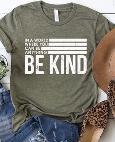 School Shirt Designs, Cute Shirt Designs, School Shirts, Work Shirts, Teacher Shirts, Vinyl Shirts, Tee Shirts, Homemade Shirts, Diy Shirt