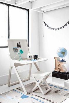 K Designer Kids Desk in Whitewash Wood Bureau Design, Design Desk, Gaming Desk, Desk Shelves, Desk Storage, Secret Storage, Decoration Bedroom, Bedroom Desk, Wooden Bedroom