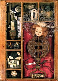 Lynne Parks Musing Relics  http://www.musingrelics.com/assemblages/