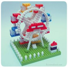 Cute nanoblock Ferris Wheel =)