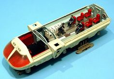 SCALE MODEL NEWS: MOONBUS KIT FROM THE CLASSIC MOVIE 2001 REISSUED BY MOEBIUS MODELS