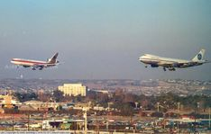 Continental DC-10 & Pan Am 747 on parallel at LAX