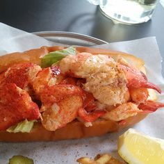이태원 #랍스터바(LobsterBar) 이날…. 난 숙취로 많이 먹지도 못했어 ㅠㅜ 헝헝헝헝 ㅠㅠ 또 갈꺼야ㅠㅜ(이태원 랍스터바에서)