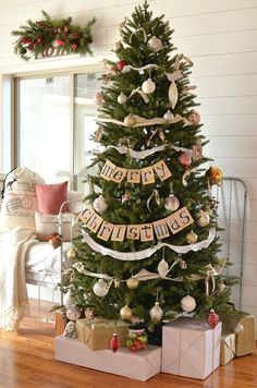 Happpppy Friday! Anyone in the mood for a little Christmas cheer? I hope so, because today I'm over the moon excited to be sharing my vintage farmhouse Christmas tree with you! I'm alsohappyto say that I was selected to join in on theBalsam Hill 12 Bloggers of Christmas tour. Balsam Hill is the leader in...Continue Reading