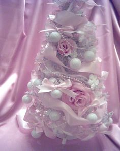 Lighted white Christmas tree with pink roses/pearls