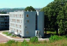 Architects: 1X2STUDIO Location: Valjevo, Serbia Project area: 1,184 sqm Project year: 2005 - 2007 Photographs: Courtesy of 1X2STUDIO