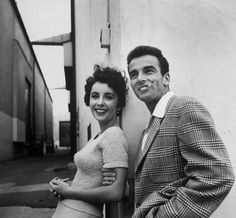 Elizabeth Taylor and Montgomery Clift on a break at Paramount Studios during the filming of A PLACE IN THE SUN