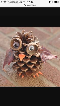 Pine Cone Owl: These adorable pine cone owls are a fun autumn craft for kids of any age. You can combine this craft with a nature hike to find the pine cones, acorn cups and leaves used in the activity. Fall Arts And Crafts, Autumn Crafts, Fall Crafts For Kids, Nature Crafts, Kids Crafts, Beach Crafts, Acorn Crafts, Owl Crafts, Pine Cone Crafts