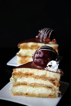 Profiteroles, School Cake, November, Food Art, Italian Recipes, Nutella, Chocolate Cake, Cake Recipes, Food And Drink