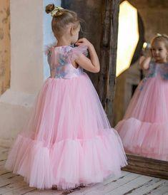 @klen_design 💕💕 Girls Dresses, Flower Girl Dresses, Girl Clothing, Girl Outfits, Tulle, Wedding Dresses, Skirts, Clothes, Fashion