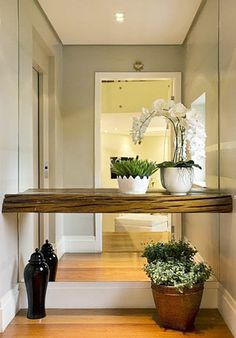 Small entrance hall furniture ideas full size of halls on hallway decorating . small entrance hall ideas ambiences 5 new design Entrance Hall Furniture, Entrance Hall Decor, Decoration Hall, Decoration Entree, Hallway Furniture, Entryway Decor, Entrance Ideas, Furniture Ideas, Entry Hall