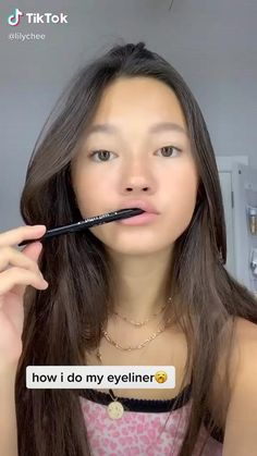 natural makeup videos - natural makeup & natural makeup for brown eyes & natural makeup for black women & natural makeup tutorial & natural makeup looks & natural makeup for blue eyes & natural makeup videos & natural makeup for blondes Gorgeous Makeup, Pretty Makeup, Simple Makeup, Natural Makeup, Natural Eyeliner, Makeup Art, Hair Makeup, Clown Makeup, Witch Makeup