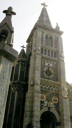 高雄玫瑰聖母教堂外