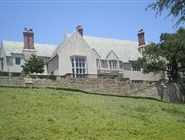 Greystone Mansion and Park...quiet place to relax?