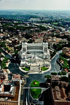 Piazza Venezia is Very Beautiful of Rome,Italy. Rome Travel, Italy Travel, Places To Travel, Places To See, Visit Rome, Rome City, Empire Romain, Beautiful Landscape Photography, Cityscape Photography