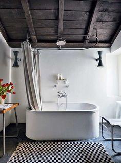 The World's Most Beautiful Bathtubs. Estilo Interior, Home Interior, Bathroom Interior, Large Bathrooms, Small Bathroom, Bathroom Ideas, Bathroom Sinks, Bathroom Shelves, Bathroom Rugs