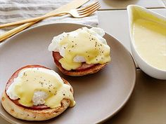 Hollandaise Sauce Recipe Video : Food Network - FoodNetwork.com