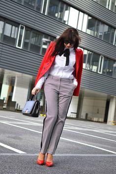 ELEGANTNE PO PRÁCI_Katharine-fashion is beautiful_Katarína Jakubčová_Fashion blogger #outfit #ootd #spring #JEJ #fashion #black&white #pants