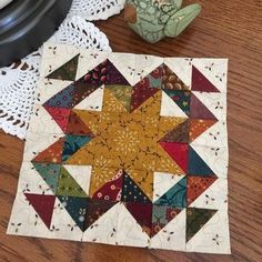 Moda Blockheads-Framed Star. Feelin' kind of scrappy today. Thank you, Jo Morton, for such an awesome block. #modablockheads #bmarzblockheadquilt