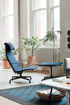 Quality Sofas, Quality Furniture, Modern Furniture, Eames Furniture, Cozy Living Rooms, Living Room Chairs, Eames Chairs, Lounge Chairs, Interior Architecture