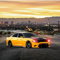 dodge charger classic cars by owner 2016 Charger Rt, Dodge Charger 2011, Dodge Challenger Srt Hellcat, Bmw M Series, Dodge Power Wagon, Mopar, Muscle Cars, Dream Cars, Classic Cars