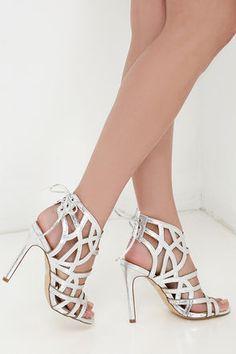 Metallic strappy dressy shoe | Model ER Kit | Pinterest | Silver ...