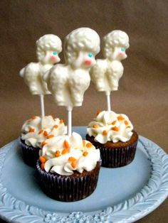 Baby Sheep Spring chocolate lollipops set of 12 by FunFavors, $25.00  www.funfavors.etsy.com