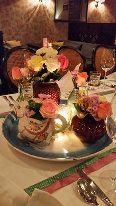 Table setting for party