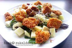 Una sencilla y deliciosa receta paso a paso de ensalada panko pollo con Idiazabal y vinagreta de mostaza. Se prepara en menos de 15 minutos.