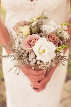Romantic Wedding Bouquet #bouquet #Wedding
