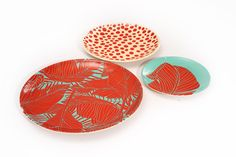 The Isla Palm printed melamine plates set the bar high for table top fun.