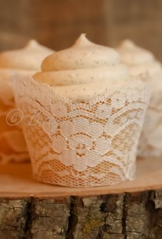 Real Ivory Lace Cupcake Wrappers / Liners