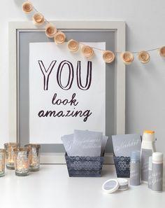 """Notfallkörbchen - Notfallkörbchen für die Gäste auf der Toilette zu platzieren gehört fast schon zum Standard jeder Hochzeit. Aber stellen Sie sich vor, Sie würden mit """"YOU look amazing"""" auf der Toilette empfangen werden."""