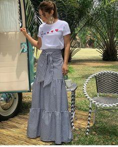 A Line Skirt Outfits, Cool Outfits, Summer Outfits, Casual Outfits, Choli Dress, Dress Skirt, Modest Fashion, Fashion Dresses, Fashion Styles