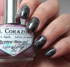 The Clockwise Nail Polish: El Corazón 423/33 Prisma