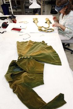 dresses from gone with the wind | Iconic 'Gone With the Wind' dress faded forever - Yahoo! News