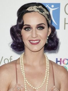 Katy Perry -- headband/hairstyle.  Cute!