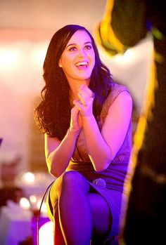 Click through the image above to Give Respect to  Katy Perry #RespectKatyKats
